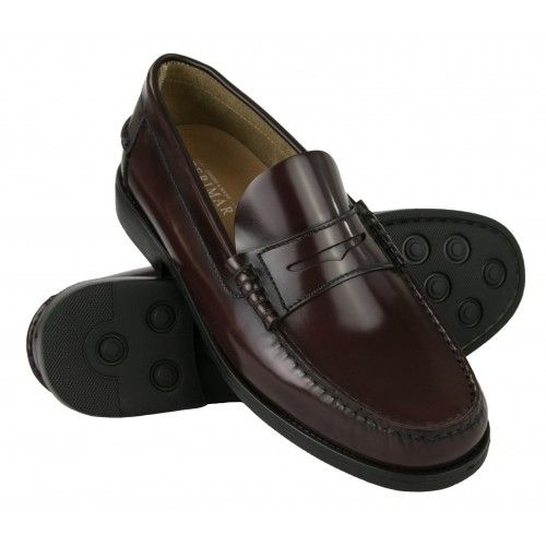 Lightweight moccasins for...