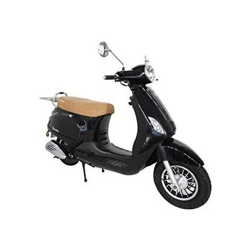 Scooter with 125 CC and 4...