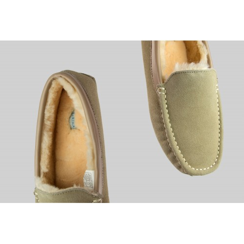 Winter slippers in natural...