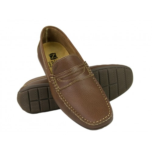 Leather boat shoes in...