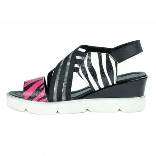 Leather sandals with platform and elastic closure model TRIZA Zerimar - 1