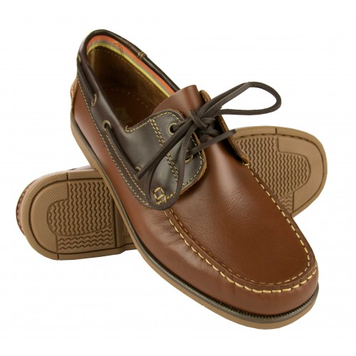 Light leather boat shoes...