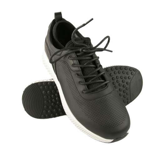 Leather Golf shoes for men...