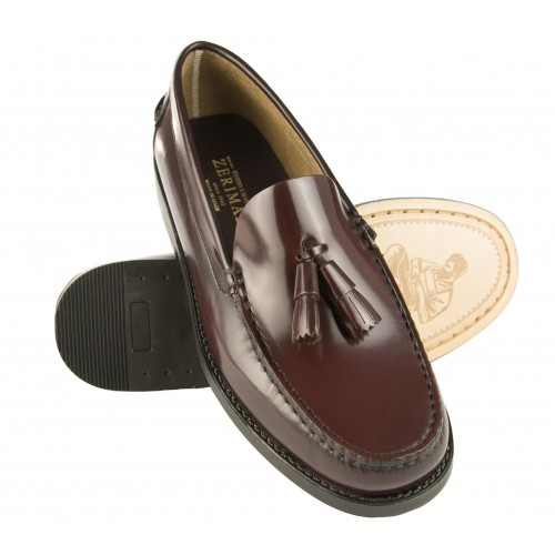 Men's loafers with tassels...